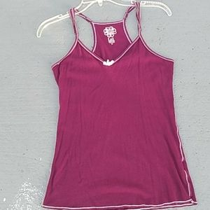L e I sleeveless top with adjustable straps  size